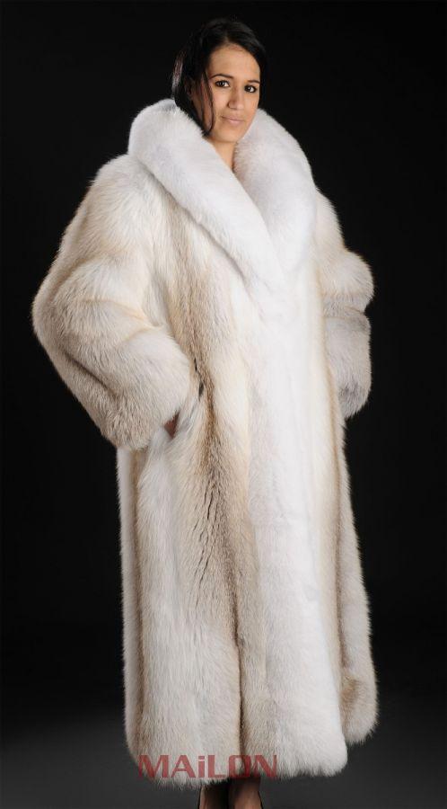SAGA ROYAL Golden Island Shadow Full Length Fox Fur Coat with White Fox Collar and Tuxedo