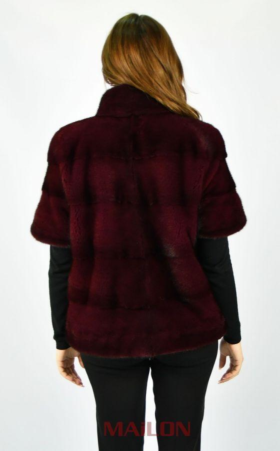 Bordeaux maroon pelts across SAGA ROYAL mink short jacket