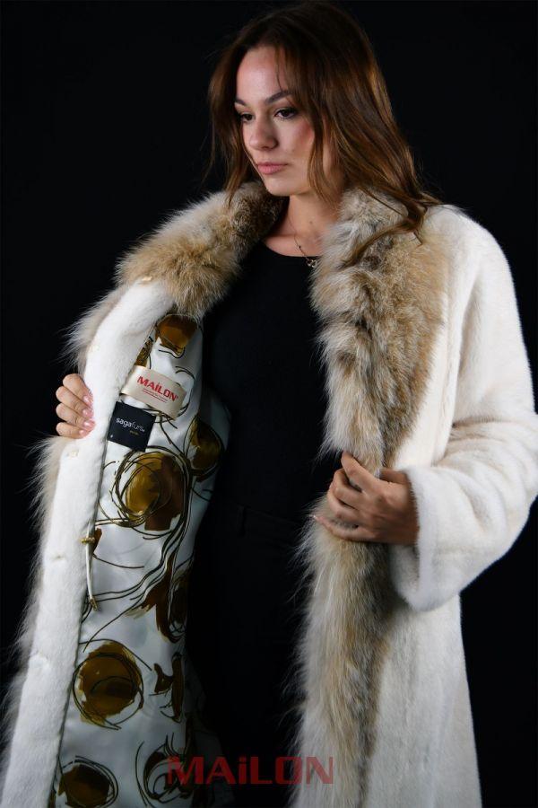 Pearl Mink coat with Lynx tuxedo
