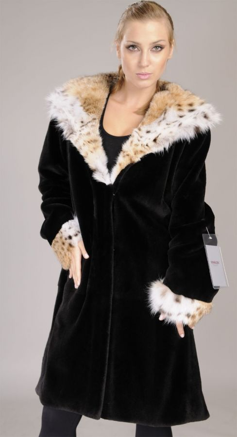Sheared black Mink Fur coat with lynx hood and cuffs