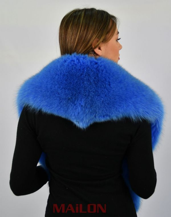 SAGA Dyed Blue Fox Fur Collar