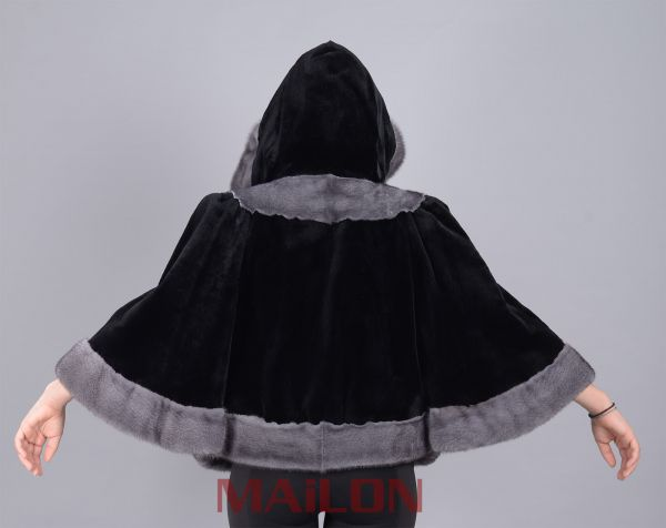 Sheared Black Hooded Mink Fur cape with Blue Iris- Size S/M EU38-40