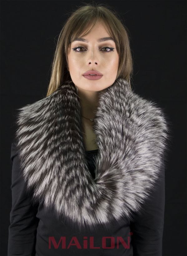 SAGA Silver Fox Fur Snood Neck Warmer Collar Stole with knitted wool